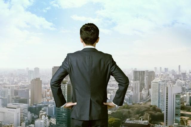 新しい世界へ挑戦するビジネスマン